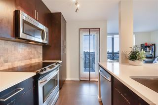 """Photo 6: 1405 3588 CROWLEY Drive in Vancouver: Collingwood VE Condo for sale in """"NEXUS"""" (Vancouver East)  : MLS®# R2494351"""