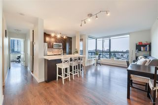 """Photo 7: 1405 3588 CROWLEY Drive in Vancouver: Collingwood VE Condo for sale in """"NEXUS"""" (Vancouver East)  : MLS®# R2494351"""