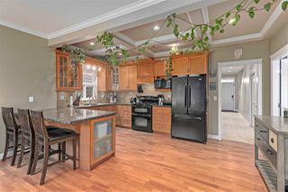 """Photo 5: 6044 46A Avenue in Delta: Holly House for sale in """"SANDERSON LANE"""" (Ladner)  : MLS®# R2496420"""
