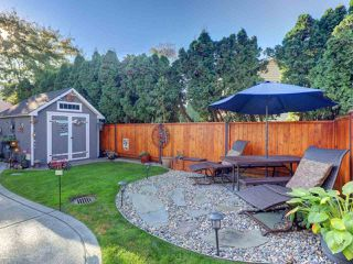 """Photo 14: 6044 46A Avenue in Delta: Holly House for sale in """"SANDERSON LANE"""" (Ladner)  : MLS®# R2496420"""