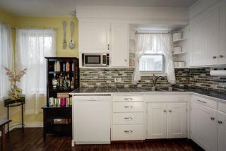 Photo 9: 11011 111 Avenue in Edmonton: Zone 08 House for sale : MLS®# E4222728