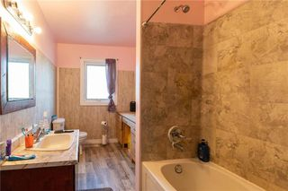Photo 9: 73 DELWOOD Drive in Steinbach: R16 Residential for sale : MLS®# 202100768