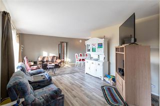 Photo 12: 73 DELWOOD Drive in Steinbach: R16 Residential for sale : MLS®# 202100768