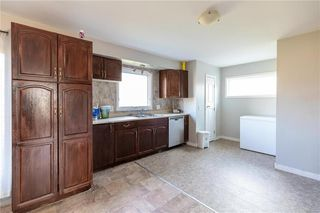 Photo 4: 73 DELWOOD Drive in Steinbach: R16 Residential for sale : MLS®# 202100768