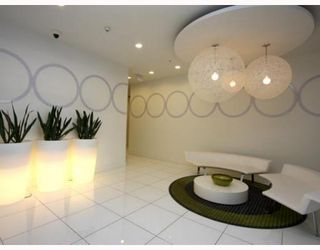 """Photo 2: 102 1252 HORNBY Street in Vancouver: Downtown VW Condo for sale in """"PURE"""" (Vancouver West)  : MLS®# V798745"""
