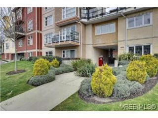 Photo 10: 103 908 Brock Avenue in VICTORIA: La Langford Proper Townhouse for sale (Langford)  : MLS®# 274150