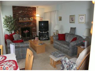 "Photo 1: 202 1368 FOSTER Street: White Rock Condo for sale in ""THE KINGFISHER"" (South Surrey White Rock)  : MLS®# F1012878"