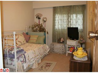 "Photo 7: 202 1368 FOSTER Street: White Rock Condo for sale in ""THE KINGFISHER"" (South Surrey White Rock)  : MLS®# F1012878"
