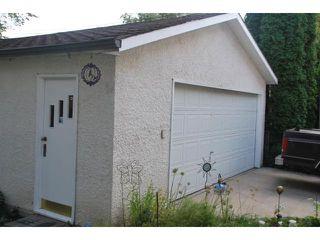 Photo 4: 419 TRURO Street in WINNIPEG: St James Residential for sale (West Winnipeg)  : MLS®# 1018302