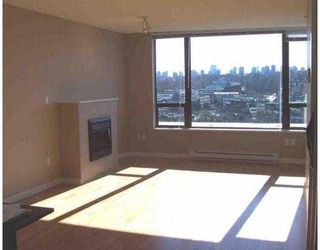"Photo 5: 1405 4178 DAWSON ST in Burnaby: Central BN Condo for sale in ""TANDEM"" (Burnaby North)  : MLS®# V576412"