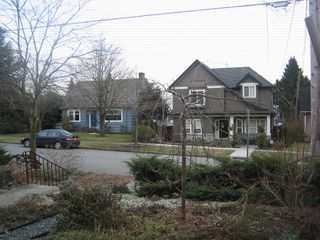 Photo 3: 1935 LONDON Street in New_Westminster: West End NW House for sale (New Westminster)  : MLS®# V752198