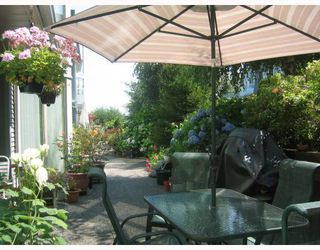 """Photo 9: 106 68 RICHMOND Street in New_Westminster: Fraserview NW Condo for sale in """"GATEHOUSE PLACE"""" (New Westminster)  : MLS®# V759440"""