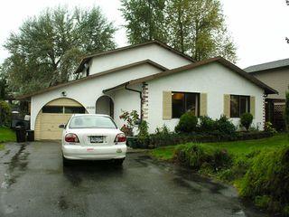 """Photo 17: 26500 32A Avenue in Langley: Aldergrove Langley House for sale in """"Parkside"""" : MLS®# F2907377"""