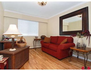 "Photo 10: 302 1544 FIR Street in White_Rock: White Rock Condo for sale in ""JUNIPER ARMS"" (South Surrey White Rock)  : MLS®# F2911723"