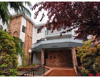 "Photo 1: 302 1544 FIR Street in White_Rock: White Rock Condo for sale in ""JUNIPER ARMS"" (South Surrey White Rock)  : MLS®# F2911723"