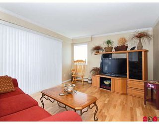 "Photo 4: 302 1544 FIR Street in White_Rock: White Rock Condo for sale in ""JUNIPER ARMS"" (South Surrey White Rock)  : MLS®# F2911723"