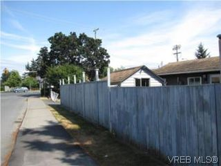 Photo 10: 703 Massie Dr in VICTORIA: La Langford Proper House for sale (Langford)  : MLS®# 507817
