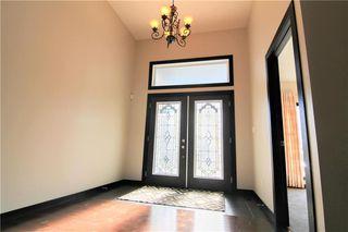 Photo 2: 213 Oak Lawn Road in Winnipeg: Bridgwater Forest Residential for sale (1R)  : MLS®# 1924628