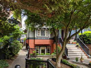 Photo 2: 3261 W 2ND AVENUE in Vancouver: Kitsilano House 1/2 Duplex for sale (Vancouver West)  : MLS®# R2393995