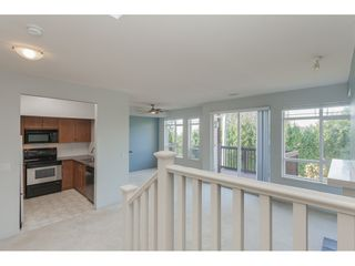 Photo 3: 80 15 FOREST PARK Way in Port Moody: Heritage Woods PM Townhouse for sale : MLS®# R2417570