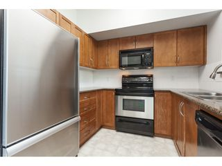 Photo 8: 80 15 FOREST PARK Way in Port Moody: Heritage Woods PM Townhouse for sale : MLS®# R2417570