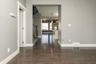 Photo 13: 8744 92A Avenue in Edmonton: Zone 18 House Half Duplex for sale : MLS®# E4189715