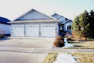 Photo 1: 22 VALLEYVIEW Ridge: Fort Saskatchewan House for sale : MLS®# E4195026
