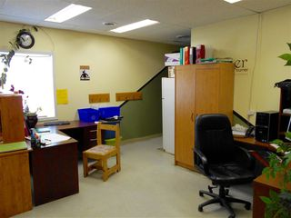 Photo 2: 5225 55 A Street: Drayton Valley Office for lease : MLS®# E4201029