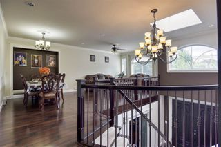 Photo 3: 13045 72 Avenue in Surrey: West Newton House for sale : MLS®# R2471437
