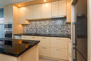"Photo 5: 3209 13495 CENTRAL Avenue in Surrey: Whalley Condo for sale in ""3 CIVIC PLAZA"" (North Surrey)  : MLS®# R2473048"