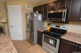 Photo 10: 413 X Avenue South in Saskatoon: Meadowgreen Residential for sale : MLS®# SK819695
