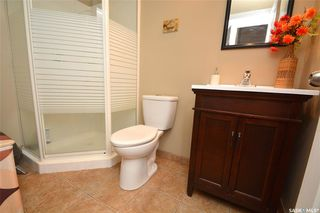 Photo 14: 413 X Avenue South in Saskatoon: Meadowgreen Residential for sale : MLS®# SK819695