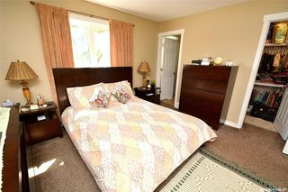 Photo 16: 413 X Avenue South in Saskatoon: Meadowgreen Residential for sale : MLS®# SK819695