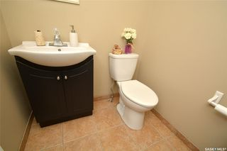 Photo 17: 413 X Avenue South in Saskatoon: Meadowgreen Residential for sale : MLS®# SK819695