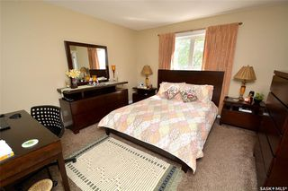 Photo 15: 413 X Avenue South in Saskatoon: Meadowgreen Residential for sale : MLS®# SK819695