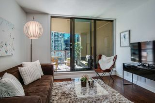 Photo 2: 505 789 DRAKE STREET in Vancouver: Downtown VW Condo for sale (Vancouver West)  : MLS®# R2480174