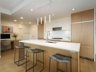 Photo 5: 414 1033 Cook St in : Vi Downtown Condo for sale (Victoria)  : MLS®# 862907