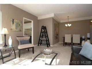 Photo 3: 207 1010 View St in VICTORIA: Vi Downtown Condo for sale (Victoria)  : MLS®# 517506