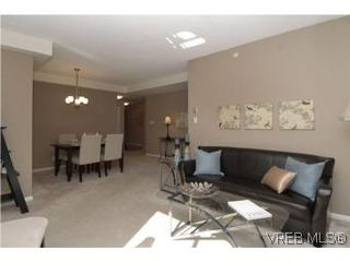 Photo 4: 207 1010 View St in VICTORIA: Vi Downtown Condo for sale (Victoria)  : MLS®# 517506