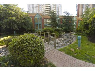 "Photo 6: 1003 939 HOMER Street in Vancouver: Downtown VW Condo for sale in ""PINNACLE"" (Vancouver West)  : MLS®# V819841"
