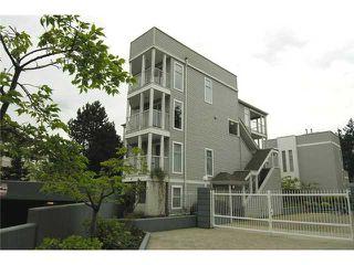 "Photo 1: 47 7345 SANDBORNE Avenue in Burnaby: South Slope Townhouse for sale in ""SANDBORNE WOODS"" (Burnaby South)  : MLS®# V853387"