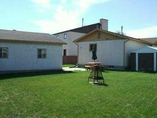 Photo 3: 15 BLAIRMORE GARDENS in WINNIPEG: Transcona Single Family Detached for sale (North East Winnipeg)  : MLS®# 2615286