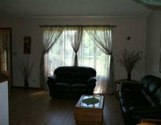 Photo 4: 15 BLAIRMORE GARDENS in WINNIPEG: Transcona Single Family Detached for sale (North East Winnipeg)  : MLS®# 2615286