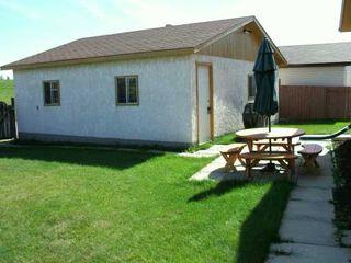 Photo 2: 15 BLAIRMORE GARDENS in WINNIPEG: Transcona Single Family Detached for sale (North East Winnipeg)  : MLS®# 2615286