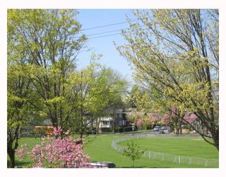 "Photo 1: 203 5700 LARCH Street in Vancouver: Kerrisdale Condo for sale in ""ELM PARK PLACE"" (Vancouver West)  : MLS®# V764568"
