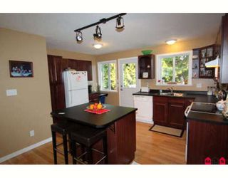 Photo 2: 31904 QUAIL Avenue in Mission: Mission BC House for sale : MLS®# F2915647