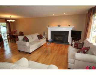 Photo 3: 31904 QUAIL Avenue in Mission: Mission BC House for sale : MLS®# F2915647