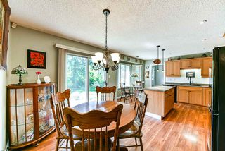 Photo 4: 16 CLOVERMEADOW Crescent in Langley: Salmon River House for sale : MLS®# R2395332