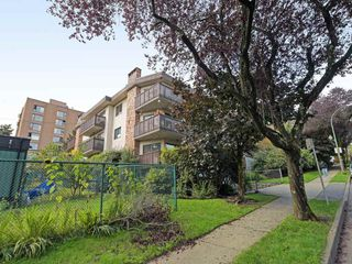 "Photo 18: 311 930 E 7TH Avenue in Vancouver: Mount Pleasant VE Condo for sale in ""WINDSOR PARK"" (Vancouver East)  : MLS®# R2410304"