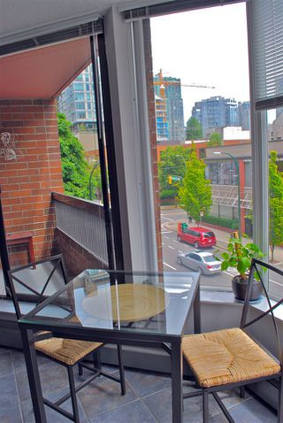 Photo 6: 404 1333 HORNBY Street in Vancouver: Downtown VW Condo for sale (Vancouver West)  : MLS®# R2420991